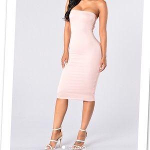 Dresses - FashionNova Dress in size XS